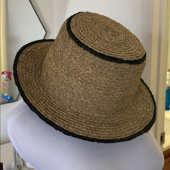 27aa7069 Zara Accessories | Summer Straw Hat Preowned | Poshmark